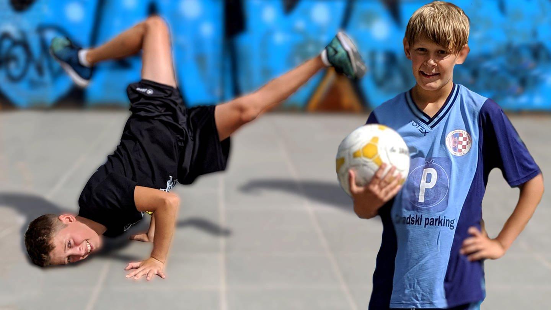 Jalil macht auf dem Boden eine Capoeira-Figur, Luka steht im Trikot daneben und hält einen Fußball in der Hand